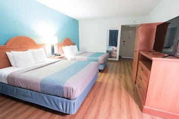 Motel 6 Studio 6 Extended Stay in Clarion!
