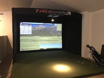 Indoor Golf Simulator at Rolling Fields Golf Course!-2