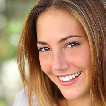 White Teeth for Summer - Save at Be La Vie