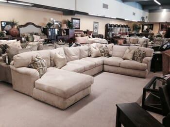 Hafers Home Furnishings Robert Michael Main Street 3 Piece Sectional Sofa
